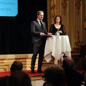 Dagens värdar på Grand: Nicke Lundmark och Jenny Eklund
