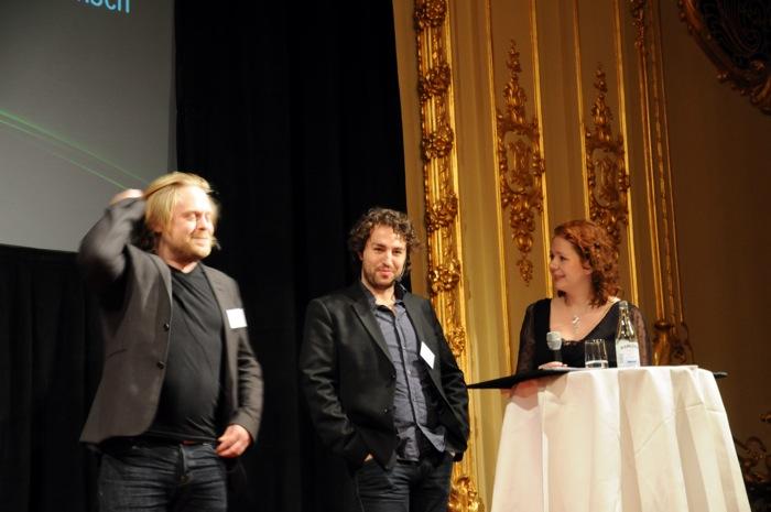 David Eriksson och Roger Stigehäll från North Kingdom intervjuas av Jenny Eklund. Foto: Mariann Holmberg, Länsstyrelsen.